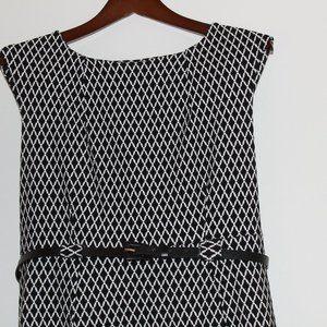 """Beautiful """"SOHO"""" Black and White Pattern Dress"""